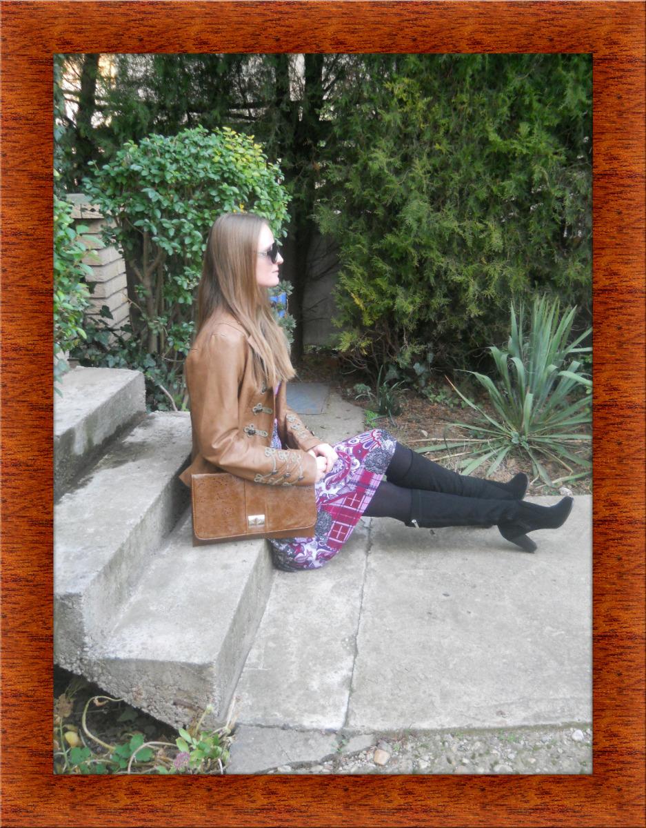 Wooden Picture Frame: https://www.tuxpi.com/photo-effects/wooden-picture-frame